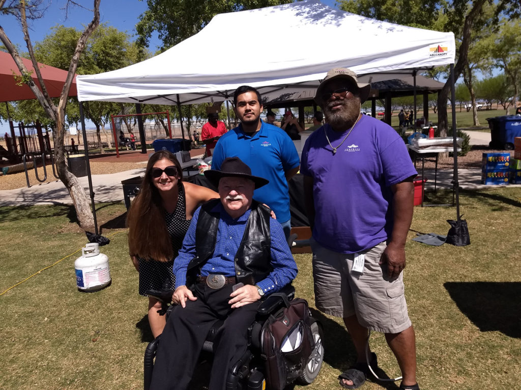 Vice Mayor Winters with picnic attendees