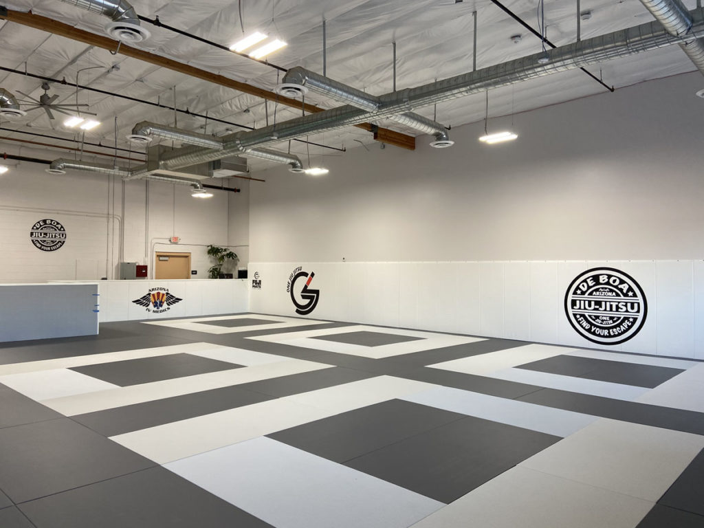 Inside the newly opened De Boa Jiu Jitsu building.