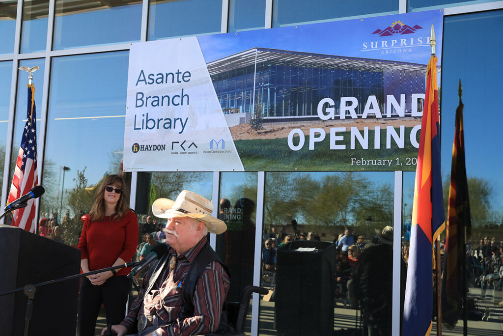 Councilmember Winters speaking to constituents at the Asante Branch Library grand opening.